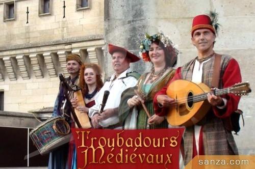 Troubadours Médiévaux | RueduSpectacle.com